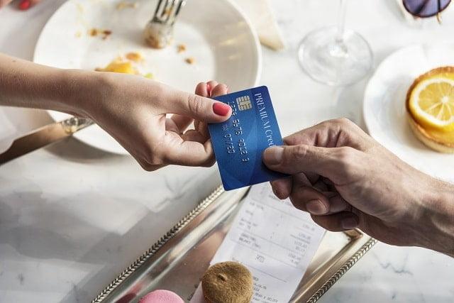 cloturer sa carte chez axa banque