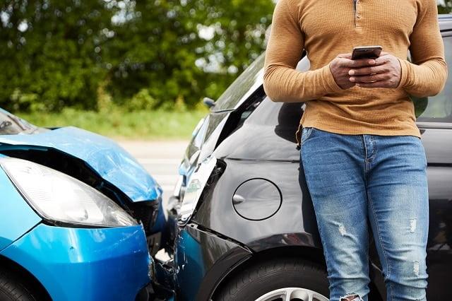 resilier assurance auto a echeance