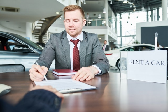 resilier assurance auto loi hamon